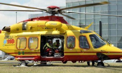 Incidente A21 con mezzo pesante, due feriti gravi