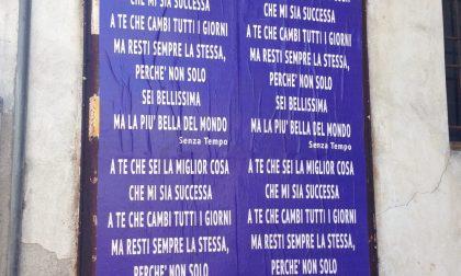 Calcio – Messaggi d'amore sui cartelloni pubblicitari, è caccia in paese al «Neruda» sconosciuto