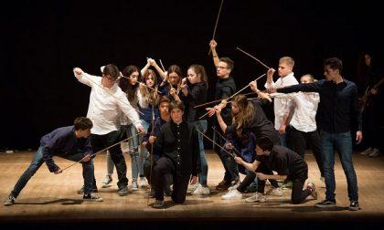 Treviglio: i ragazzi del Furioso Orlando vincono il primo premio al Festival delle scuole di teatro – Trevigliotv