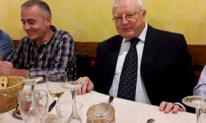 Mozzanica: La prima elementare del '66 a cena con il maestro Regonesi