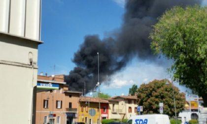 +FLASH+ Scoppia l'incendio in cantiere, pericolo esplosione – TreviglioTv