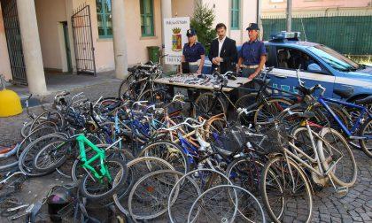 """Profugo pizzicato con la bicicletta rubata: """"E' mia"""". Ma il sellino rotto lo incastra – TreviglioTV"""