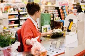 Si è auto-concesso un super sconto del 95% al supermercato. Come? Facile: in cassa c'era la moglie – TreviglioTV