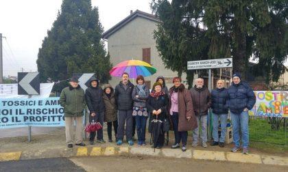 Il Comitato in piazza contro la discarica di amianto – TreviglioTV