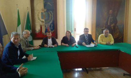 Castel Gabbiano – Rosanna Ignazi non ritira le dimissioni da sindaco e scoppia il putiferio in Consiglio comunale – TreviglioTv
