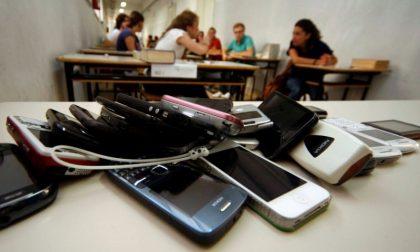 Una settimana senza social, solo 3 studenti resistono senza internet – TreviglioTV