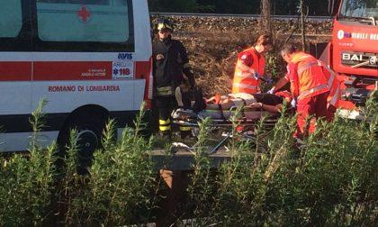 Incidente a Bariano: finisce nel fosso per evitare un frontale LE FOTO