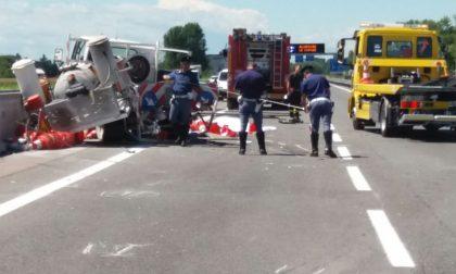 Tragico incidente a Bagnolo, muore un operaio della manutenzione stradale FOTO