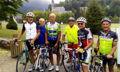 Il pellegrinaggio di don Francesco, in bici da Sergnano a Fatima