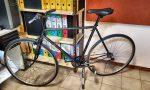Richiedente asilo ruba una bici in centro e viene fermato dalla Polizia locale