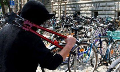 Furti di biciclette a Osio Sopra, un arresto e una denuncia