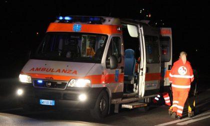 Auto ribaltata, ferito trentenne SIRENE DI NOTTE