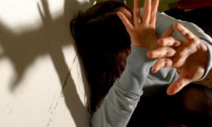 Anni di violenze su moglie e figli, arrestato 39enne albanese