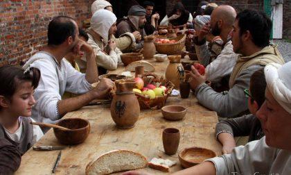Un tuffo nel Medioevo tra falchi, fuochi e mestieri antichi