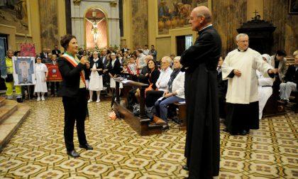 Brignano accoglie il nuovo parroco don Giuseppe FOTO