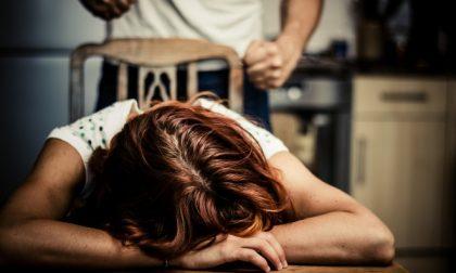 Violenza domestica, il dramma di una donna: lei finisce in ospedale, lui in carcere
