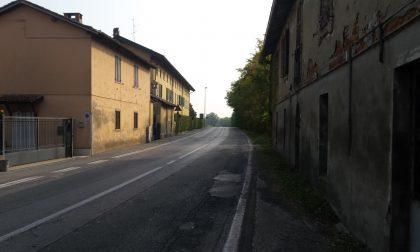 Ladri armati di flessibile: cassaforte svuotata in via Brescia