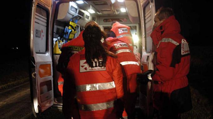 Cade dalla scala, 47enne ferito a Vailate SIRENE DI NOTTE - Giornale di Treviglio
