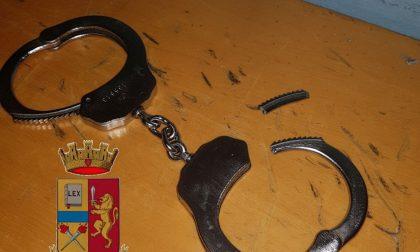 Molesta una donna e poi fugge dalla Polizia, arrestato ed espulso