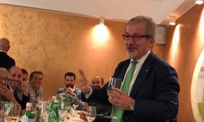 """Il vertice della """"Vetrata"""": Sorte, Malanchini e Maroni festeggiano l'esito del referendum"""