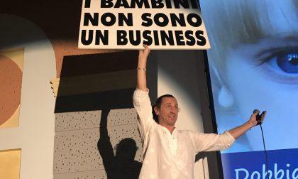 """Forza Nuova sta con Povia: """"Contro il pensiero unico"""""""