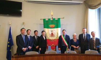 Dalla Cina con furore, la delegazione visita il Comune