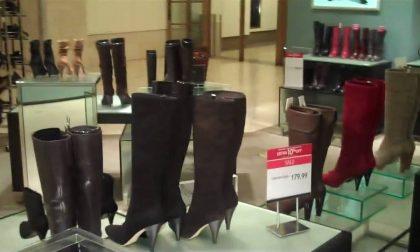 Ladri alla moda a caccia di cosmetici e…stivali