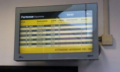 Treni fermi sulla Brescia Milano tutto bloccato