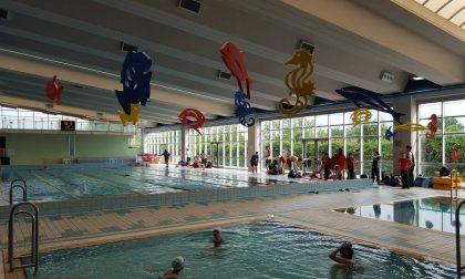 Bimbi intossicati in piscina, le cause restano un mistero
