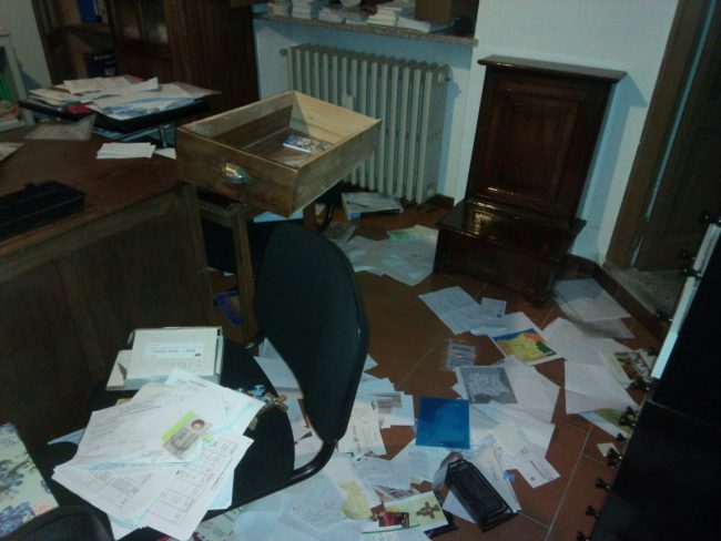 Studio don Francesco dopo furto