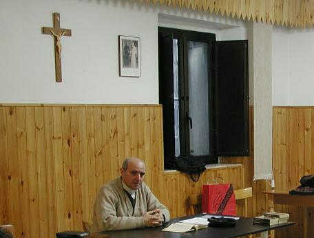 Padre Vito Groppelli, sospesi i funerali