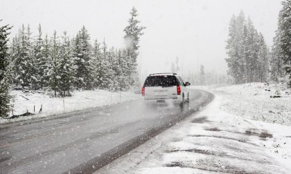 Provinciale 35 bloccata causa camion di traverso per la neve