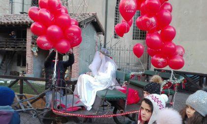 Santa Lucia arriva a Treviglio e manda in delirio i bambini