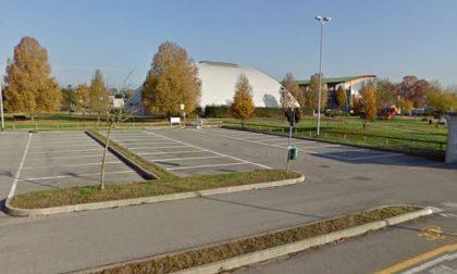 Centro sportivo Arcene, Poletti attacca il Comune