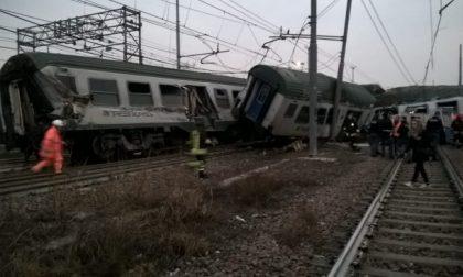Treno deragliato a Pioltello almeno due vittime FOTO