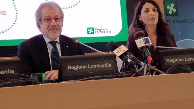 """Regione Maroni non si ricandida: """"L'Italia non finisca come l'albero Spelacchio"""" VIDEO FOTO"""