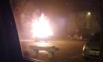 Auto prende fuoco in strada a Vailate
