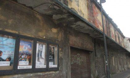 Salta la demolizione dell'ex cinema Giardino di Cassano d'Adda