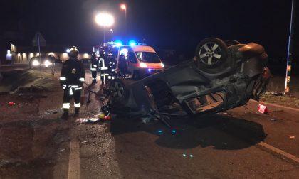 Ribaltamento, quattro feriti a Bariano SIRENE DI NOTTE