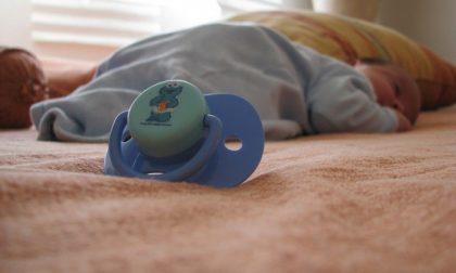 Bambino muore soffocato da un rigurgito