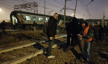 """""""Mai vista una simile scena"""" le testimonianze dei passeggeri del treno deragliato"""