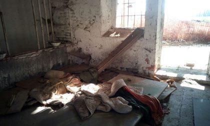 Cascina Veneziana ridotta a discarica e rifugio per disperati FOTO VIDEO