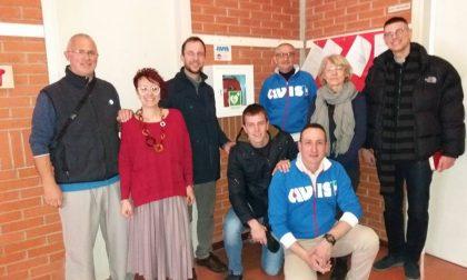 L'Avis di Covo dona defibrillatore alle scuole medie