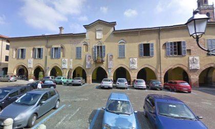 Piazza Garibaldi, una petizione per chiedere la riapertura (e i parcheggi)