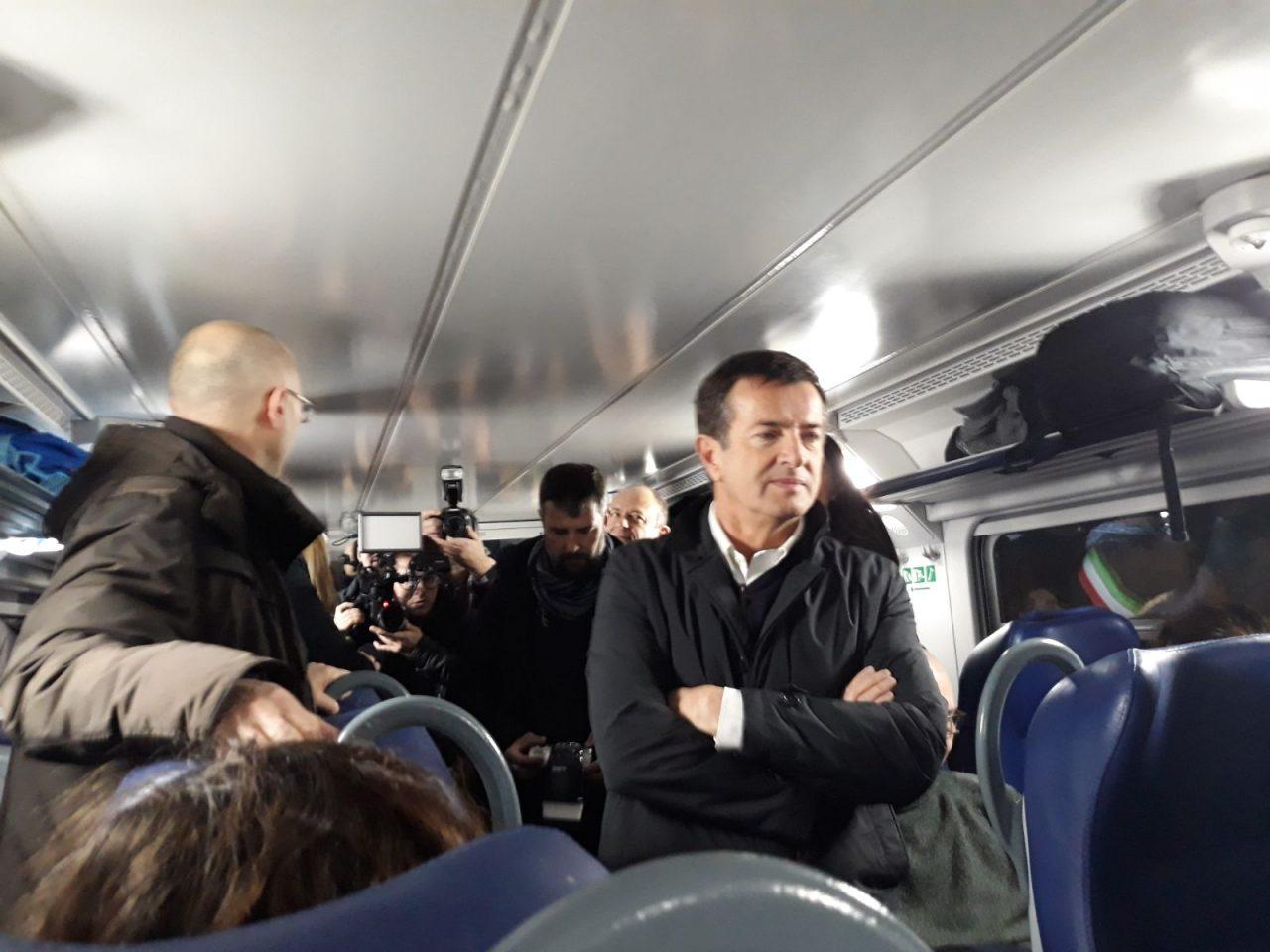 viaggio con i pendolari