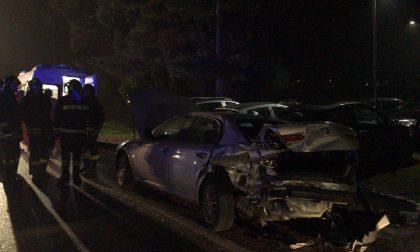 Incidente sulla provinciale a Cassano: auto distrutte e sei feriti VIDEO