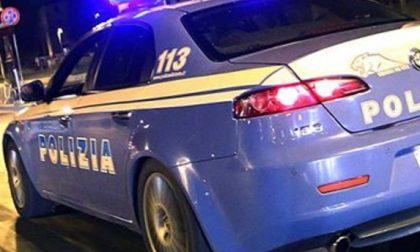 Guerriglia a Milano, scontro fra 300 giovani e la Polizia