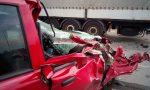 Schianto tra auto e tir a Badalasco FOTO