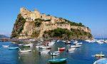 Giustizia lumaca | Un mese ai domiciliari per merce taroccata (ma a Ischia, sette anni fa)