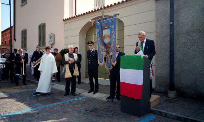 25 Aprile: schermaglie in piazza tra sindaco e parroco
